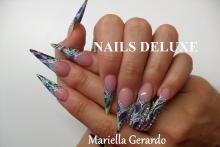 Nails Deluxe