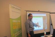 Il corso webmaster ha inizio: Il Dott. Vincenzo Raimondo mostra agli studenti i primi passi da fare - Milano -
