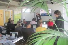 Come realizzare un sito web e come venderlo ai propri clienti: Gianni Bianchi e Simona Bigazzi, esperti sales manager spiegano agli studenti come tradurre la passione per il web in un vero lavoro