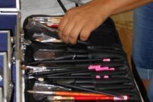 Imparare a usare e riconoscere strumenti e materiali professionali del Make Up Artist
