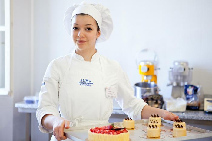 Corso Post Qualifica Post Diploma Corso Tecniche Di Pasticceria Colorno Pr Alma Scuola Di Cucina Emagister